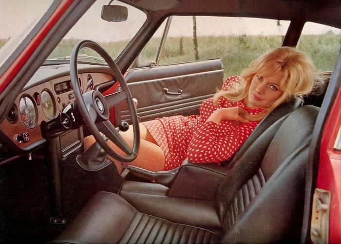 chick magnets vintage rides and the ladies who loved them. Black Bedroom Furniture Sets. Home Design Ideas